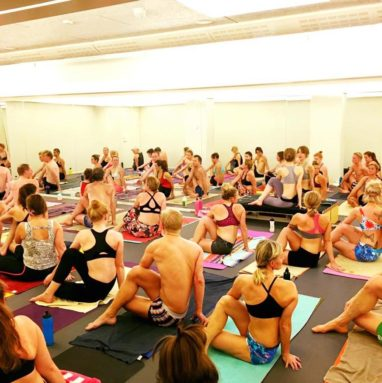 Klass- Hot Yoga Malmo